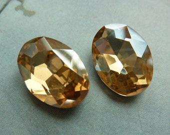2 glass jewels, 14x10mm, golden topas, oval