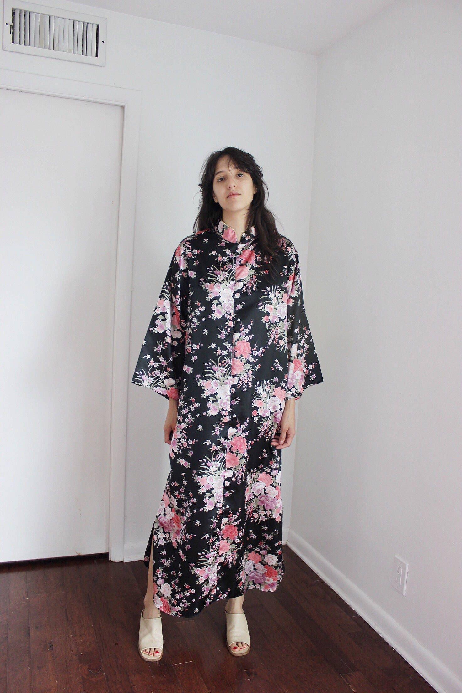Vintage Black Floral Kimono Moo Moo Medium | Etsy