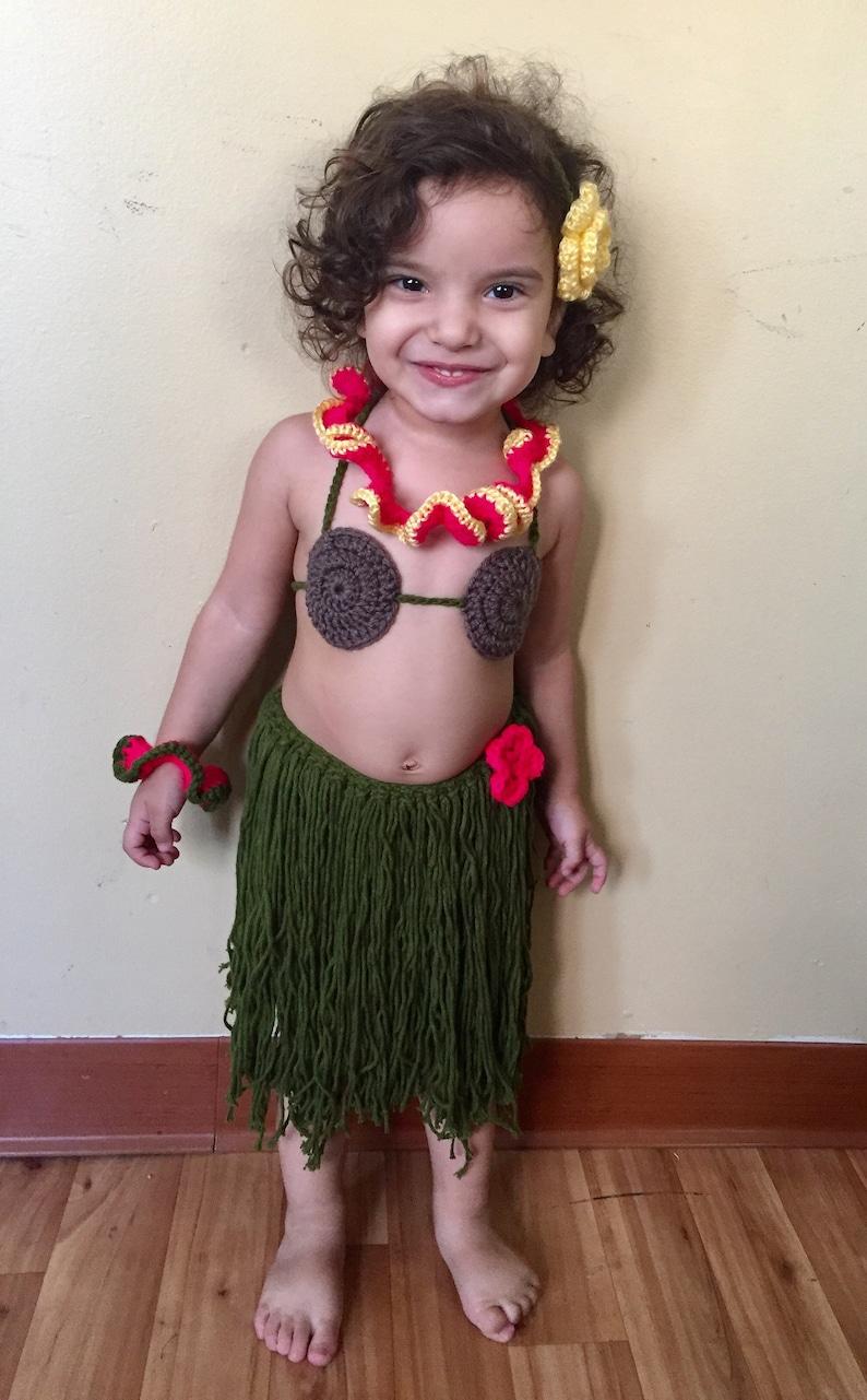 5c1e2e213f7e7 Handmade crochet baby hula girl Hawaiian dancer photo prop | Etsy