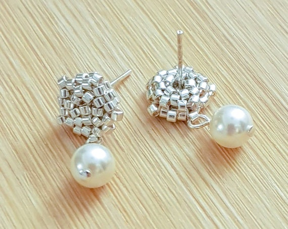 Vera | Silver Pearl Drop Earrings