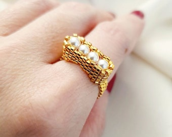 Elpis | Pearls with Gold
