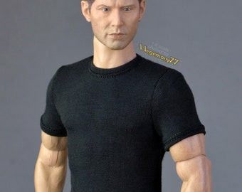 1/ 6th scale black T-shirt fits ~ 12 inch collectible poseable action figure bodies e.g. Hot Toys TTM 18, 19, 21 Phicen TBLeague M31 M32 M33