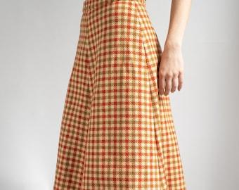 1970's Handmade Beige Plaid Skirt Small