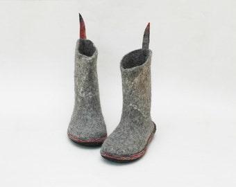 Felt boots - Women boots - Valenki - Grey boots - Handmade booties - Women snow shoes - Winter boots - Woolen boots - Natural wool