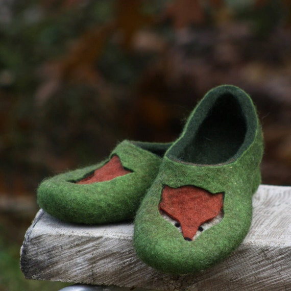 Felted slippers for women - Green slippers for a fox lover