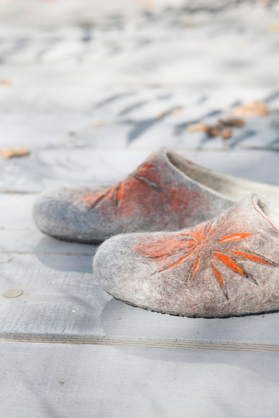 Felted slippers for women - sunburst pattern in gray, brown and orange