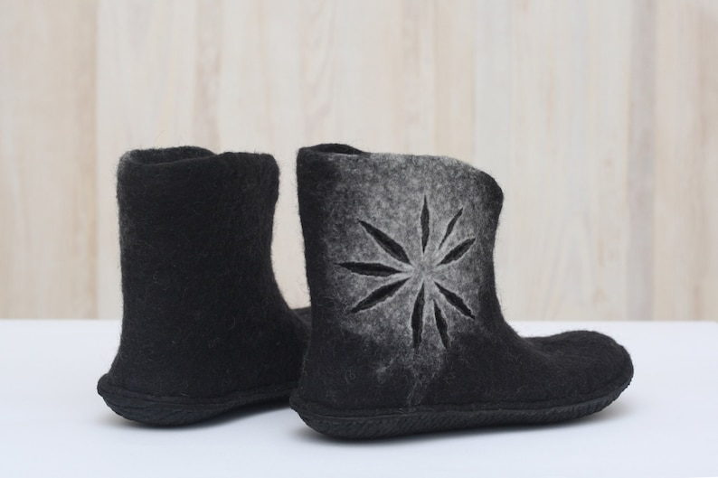 07cbeb38bcfc5 Felted shoes - Black ankle boots for women