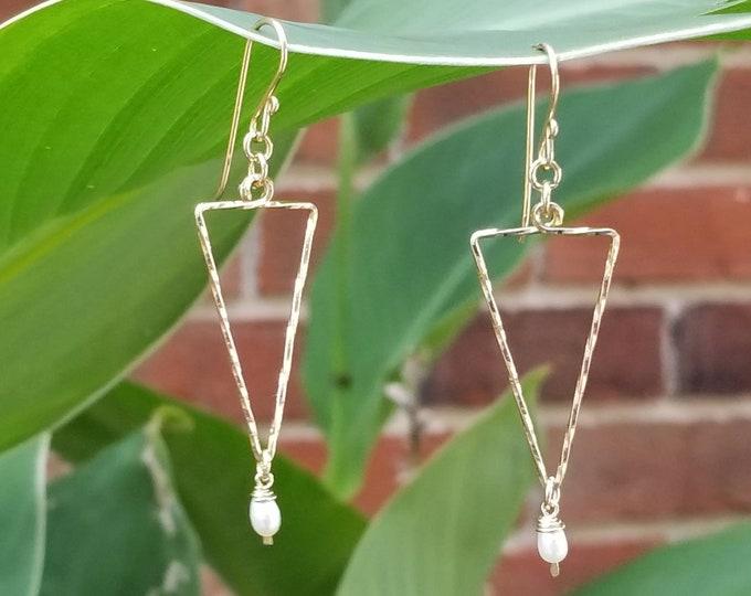 Giza earrings-Pearl earrings, triangle, arrowhead, gold earrings