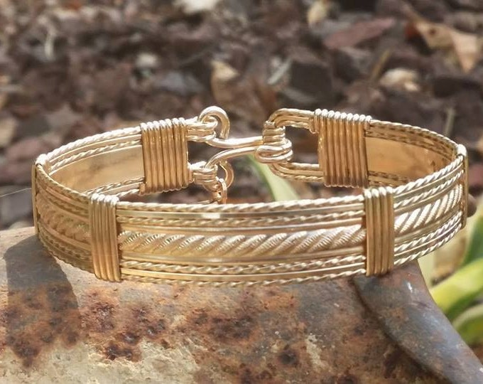 14kt Gold filled, gold jewelry, gold bracelet, wire wrapped, wire jewelry, hand made wire jewelry