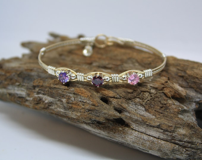 Mothers Love Bracelet; Mothers day bracelet, Birthstone Bracelet, Mothers Bracelet.