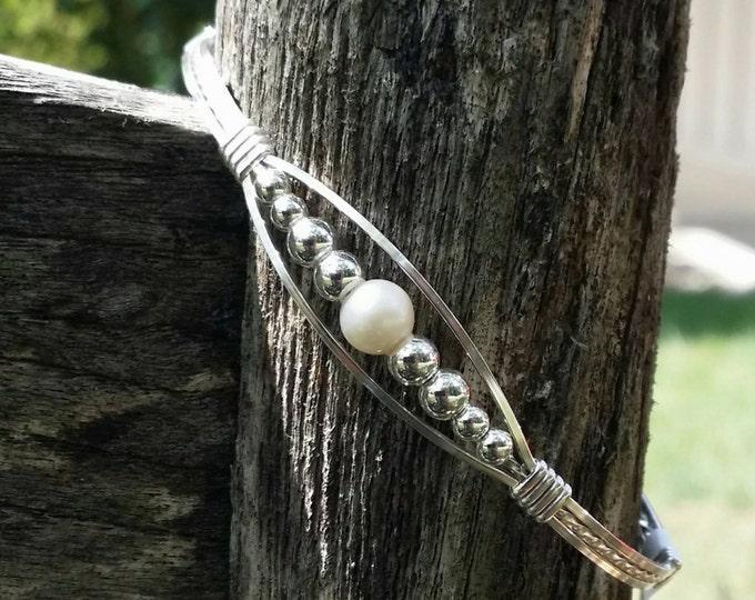 Pearl Meaghan- Argentium Silver, Silver, Pearl, Wire wrapped, wire jewelry, wire bracelets, silver bracelets, pearl bracelet