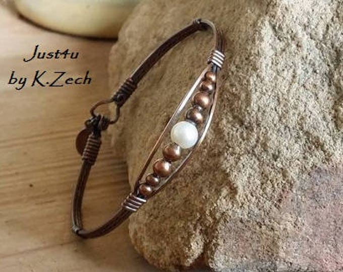 Copper Meaghan with Pearl Jewelry, Pearl Bracelet, Copper Bracelet, Copper and pearls, Wire wrapped, Wire Jewelry