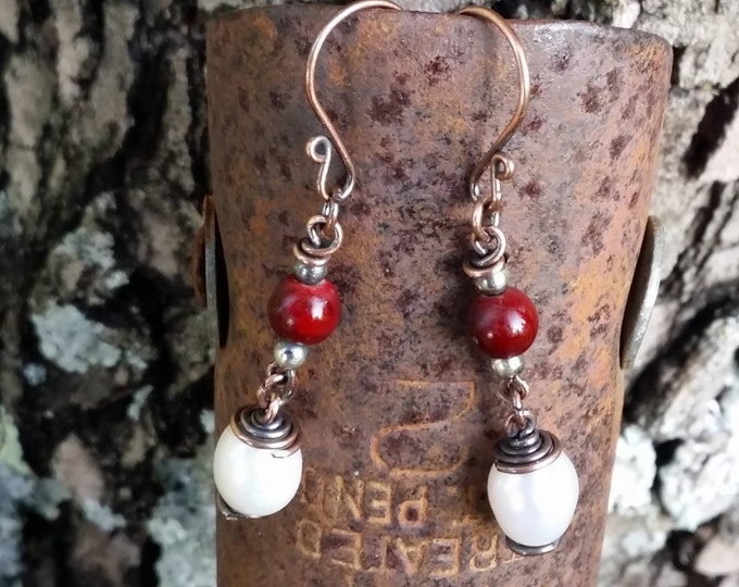 Copper earrings, freshwater pearls,pearl earrings,antiqued copper earrings