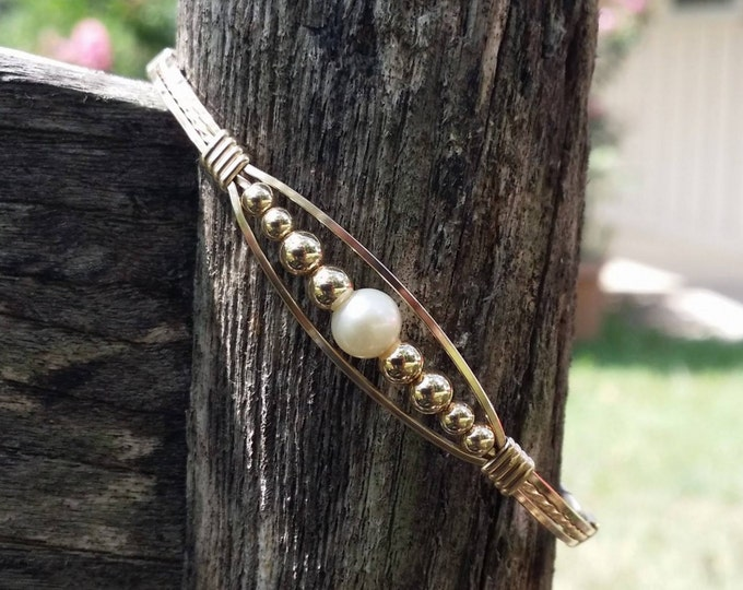 Gold Meaghan w/Pearl, 14kt gold filled, gold bracelet, pearl bracelet, wire wrapped, wire jewelry, gold jewelry, pearl jewelry