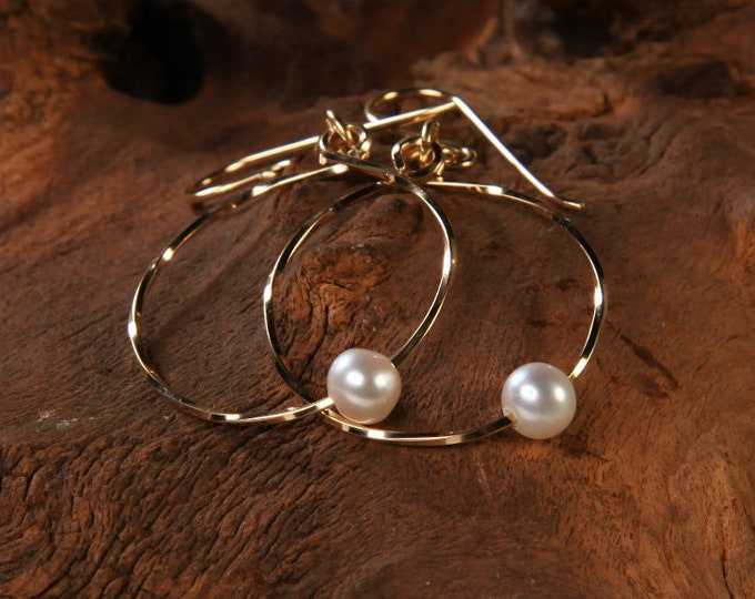 Circle of Life with Pearl, Freshwater Pearl, Gold Hoop Earrings