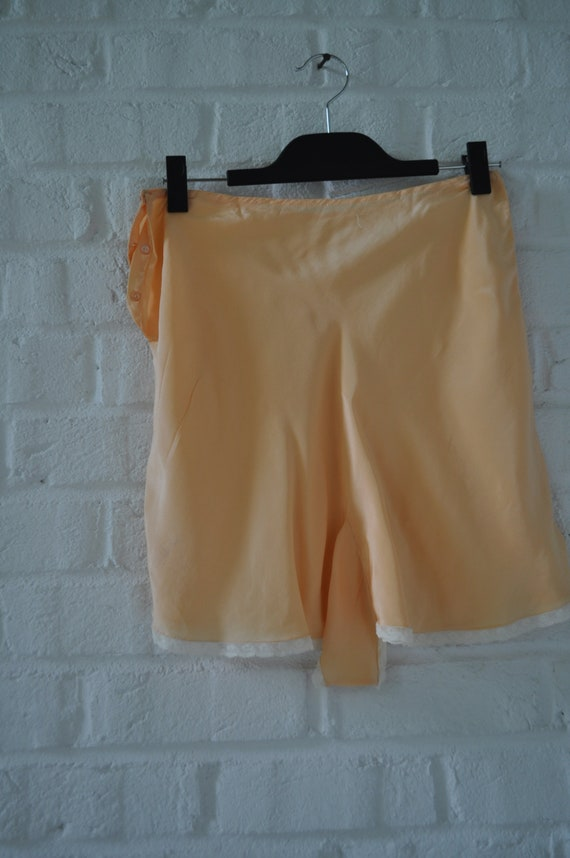 1920s silk pantaloon short Vintage Lingerie - image 5