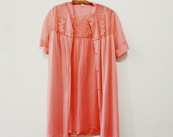 9fd930432575 Vintage 1960s coral nightgown set. Nightgown and Robe.