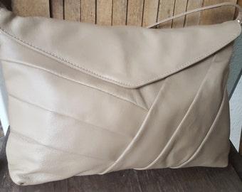 SLIM   ///    Leather PurseVTG
