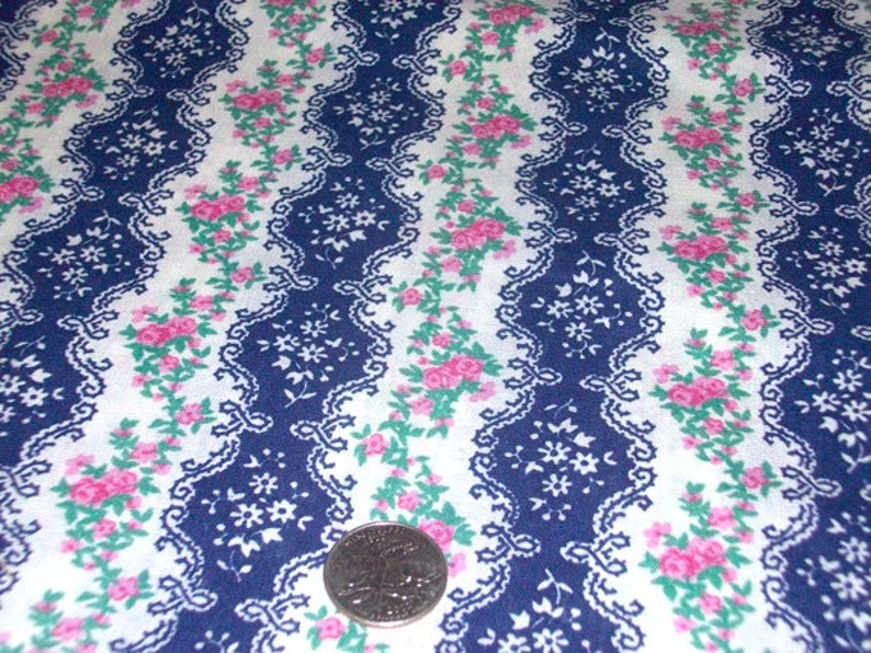 free shipping Blue /& White with Pink Roses Ticking By the yard x 44W Retro material sewing supply Vintage Fabric textile