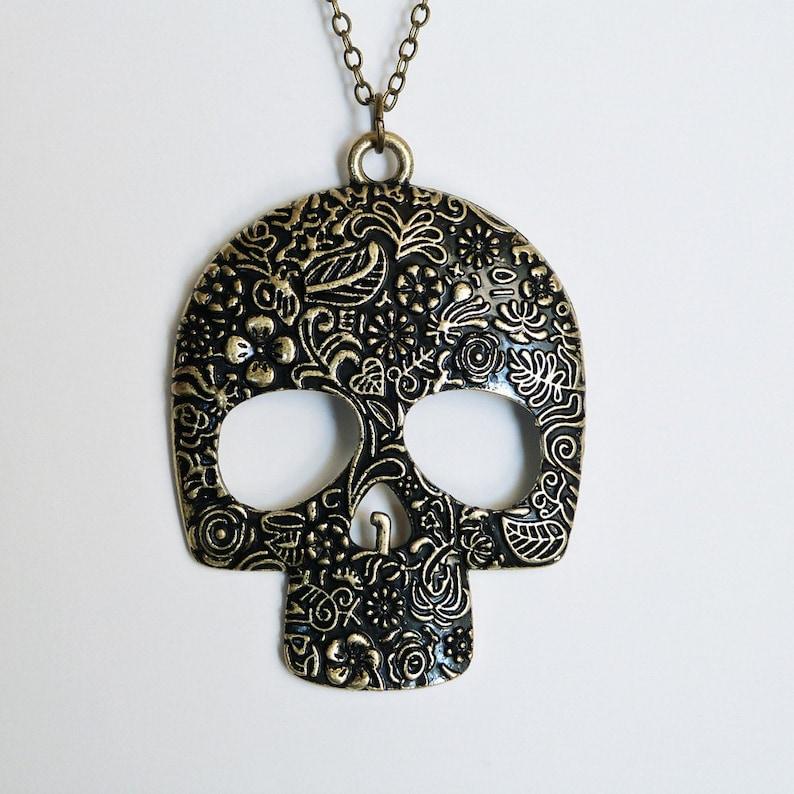 Sugar Skull Necklace  Miss Atomic Sample Sale  Free image 0