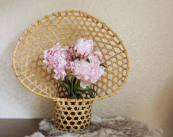 Large Rattan Peacock Fan Open Weave Basket Basket / Planter / Pot