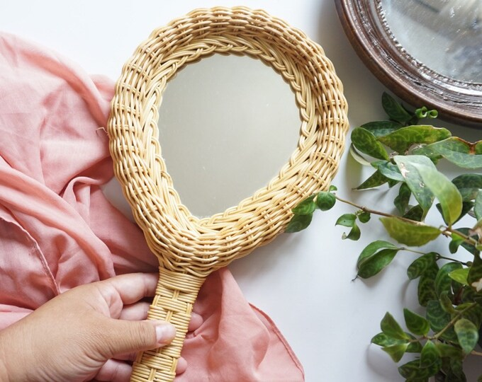 Vintage Woven Wicker Handheld Teardrop Shaped Mirror