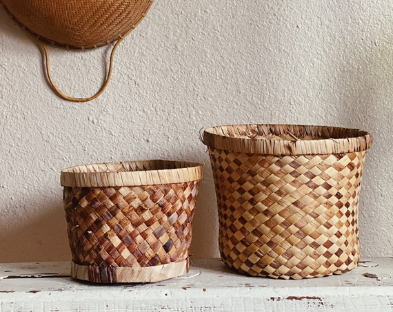 Woven Straw Grass Rattan Basket / Planter / Pot - Boho Bohemian Decor