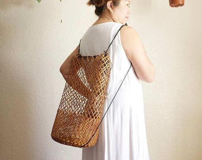 Large Brown Woven Rattan Wicker Backpack Sack Beach Bag with Dual Straps