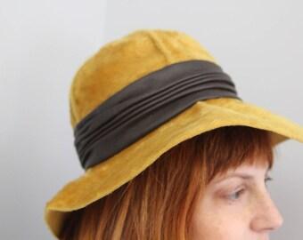 b451e8651ec 1950s Christian Dior Hat