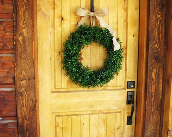 Large Boxwood Wreath-BURLAP Wreath-Summer BOXWOOD Wreath-Outdoor Wreath-Year Round Wreath-Housewarming Gift-Custom Made-Artificial Wreath