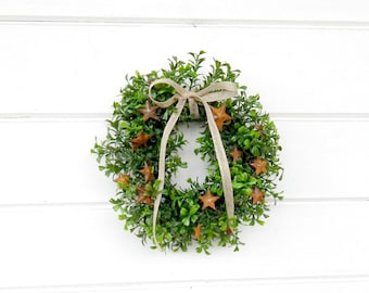 MINI Window Wreath-Primitive Country Wreath-Artifical Boxwood Wreath-Primitive Star Wreath-Gift for Mom-Wall Hanging-Small Wreath