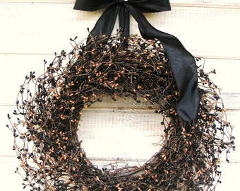 Rustic Wreath-Fall Wreath-Rustic Decor-PRIMITIVE COUNTRY Home Decor-Black & Tan Berry Wreath-Primitive Decor-Scented Wreath-Fall Door Wreath
