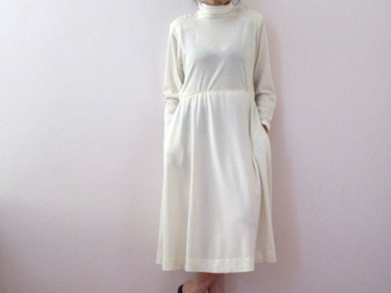 80s  Ivory White Poly Cotton Knit Winter Dress Sma