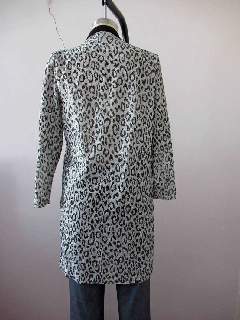 80s Black Silver Lurex Cheetah Print Animal Print Tuxedo Jacket Small Medium