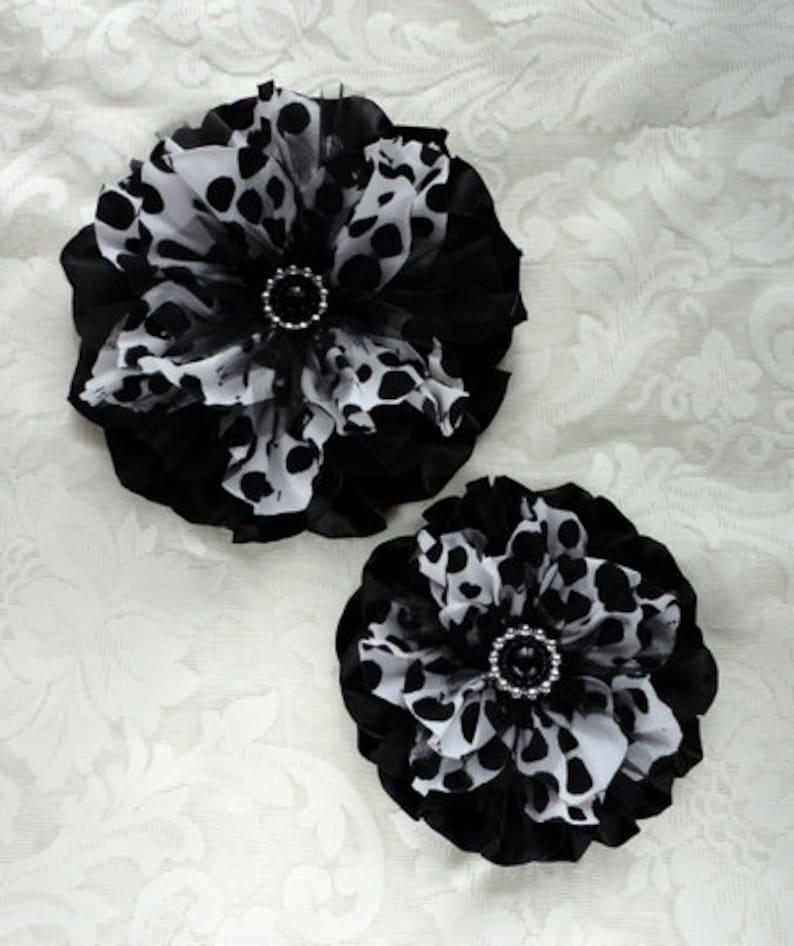 8 Inch Black White Dot Satin Corsage