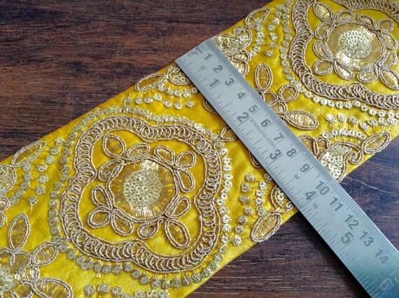 1 yard tissu tissu tissu jaune garniture-brodé Floral Design-soie Sari fil d'or travail Sari Sari de soie jaune-frontière frontière garniture de tissu à la verge e8fbd5