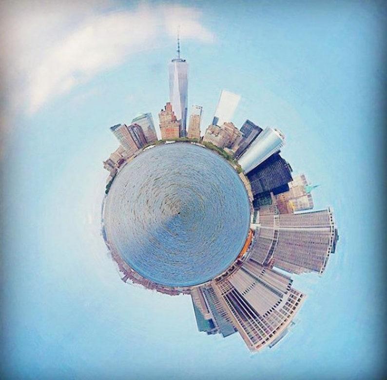 Manhattan  360 degrees image 0