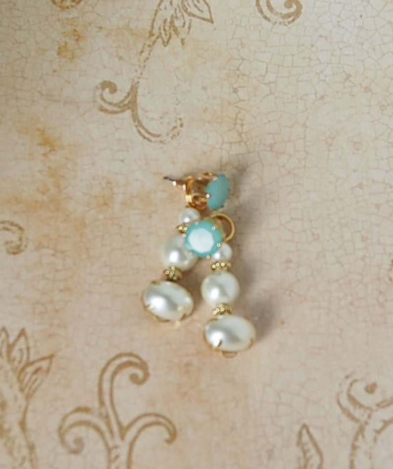 Soft light Jade Green Pearl Drop Earrings Convertible Prom Wedding Quinceanera