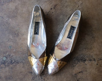 aa9e63c1f Size 8- 8 1/2 Metallic Leather Flats / Women's Silver Gold and Bronze  Pointed Toe Flats / Vintage Leather Shoes