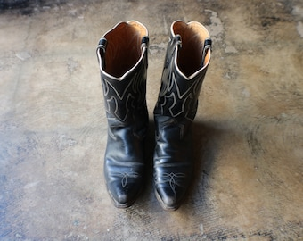 Size 9   60 s Black Leather Boots   Vintage Cowboy Boots   Western Women s  Boots 88d28b67b