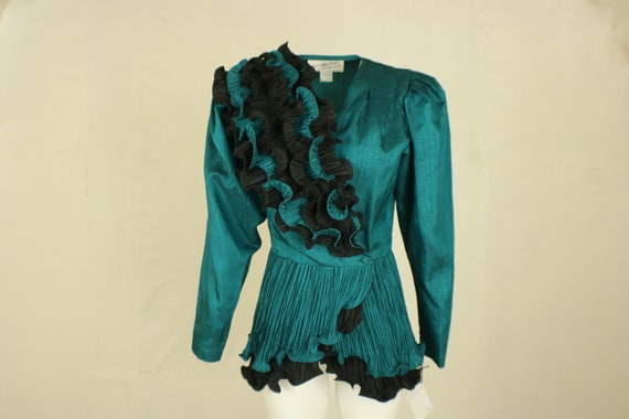 Micro Pleat Jacket / Turquoise Ruffled Dress Blous