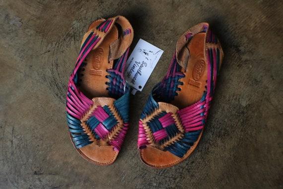 10 Huarache Sandals /  Colorful Leather Shoes / Vi