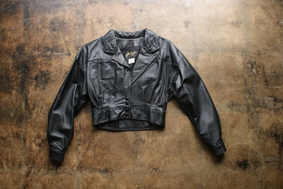 Black Leather Cropped Jacket / Vintage Fitted Wais