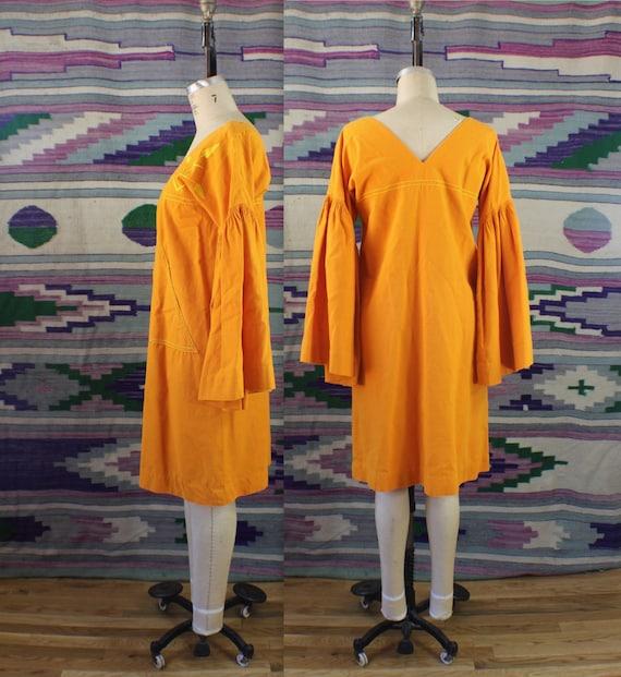 Vintage Josefa Bell Sleeve DRESS / Exaggerated Tru
