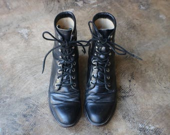7 1/2 to 8 / Western Lace Up Boots / Vintage Black Leather Ropers / Women's Western Shoes