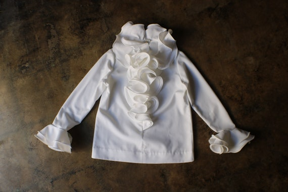 Ruffled Blouse / Vintage White Top / Woman's Vinta