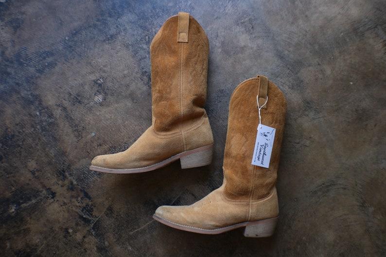 4e18c6af4b6 Size 8 EW / Vintage Men's Cowboy Boots / Light Brown Suede Western Boots /  Men's Shoes