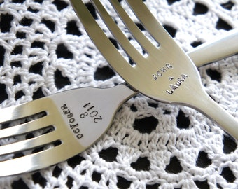Personalized Wedding Forks - Custom Keepsake Wedding Bridal Gift - Wedding Cake Flatware - Anniversary Keepsake