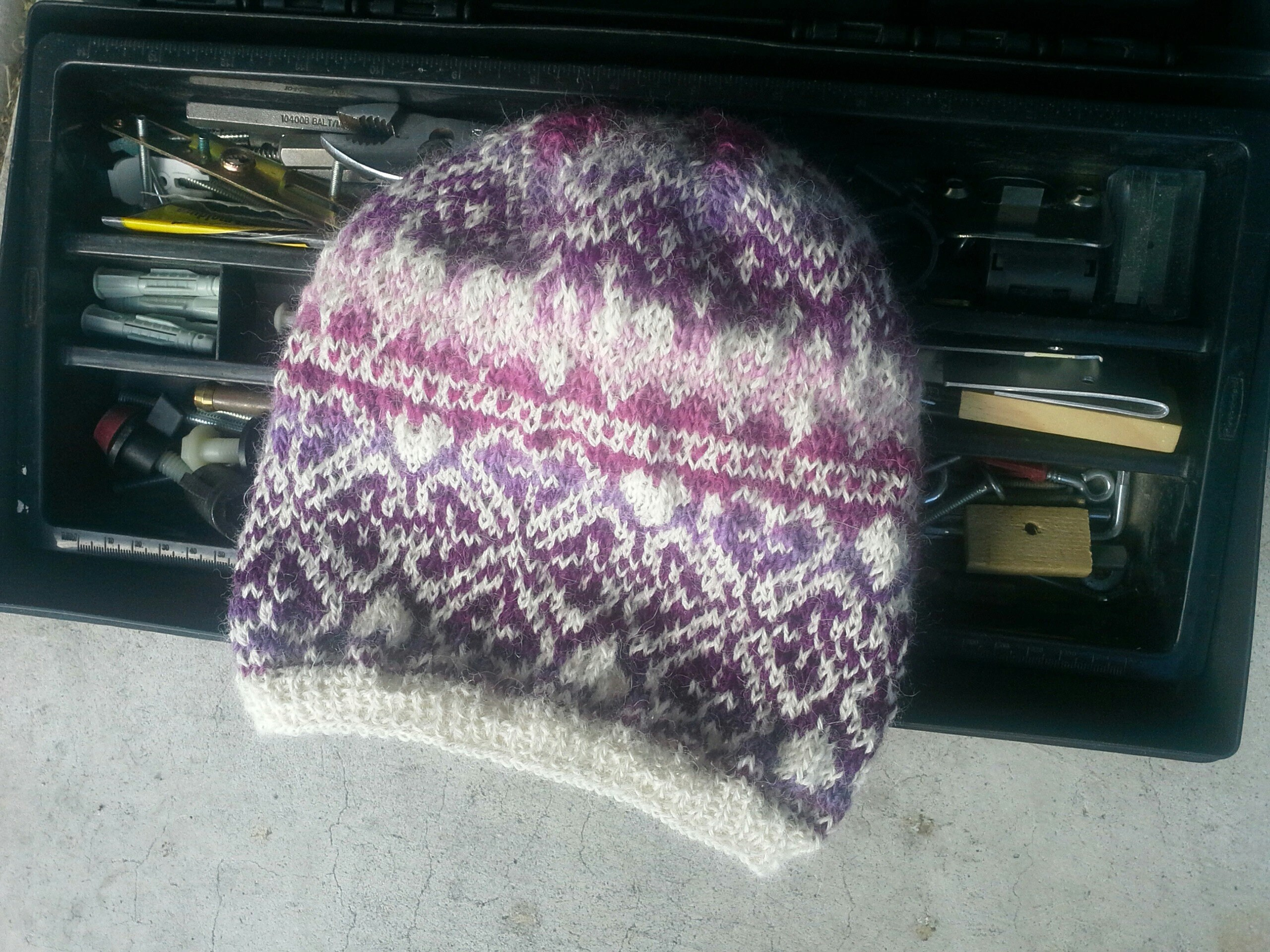 Women s Fair Isle Flower Hat Alpaca Sheep Wool Beanie  554a9a53c4fd