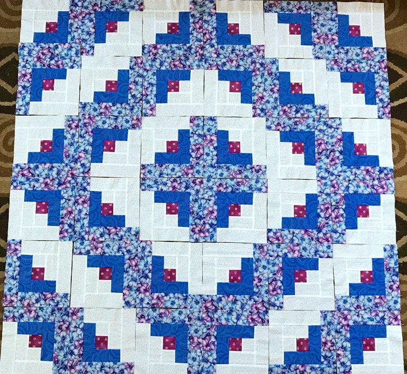 12 BLUE  FLOWERS  Log Cabin Quilt Blocks Squares 100/% cotton